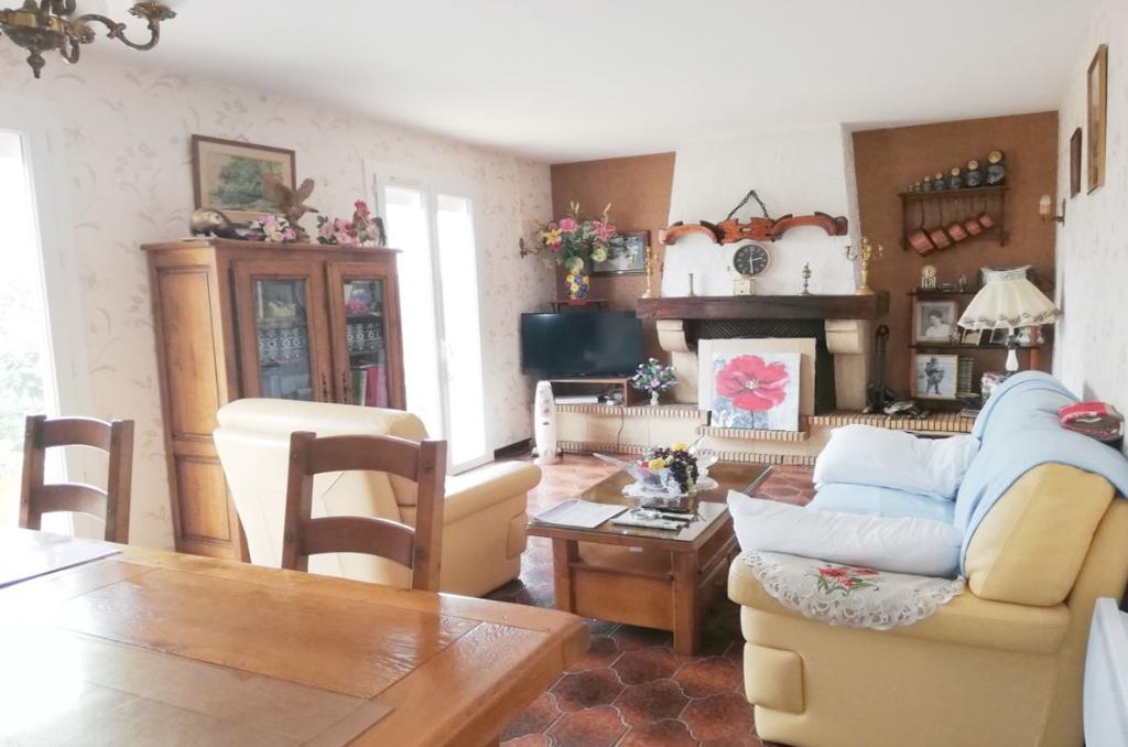 PHOTO1 - Vente villa de plain pied 4 chambres et jardin à Agde .