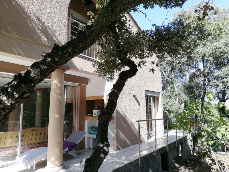 PHOTO1 - Vente villa atypique avec jardin à Agde .