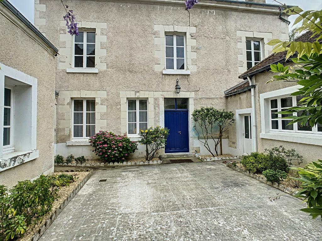 Maison 9 pièces - 5 chambres à vendre à ROMORANTIN LANTHENAY